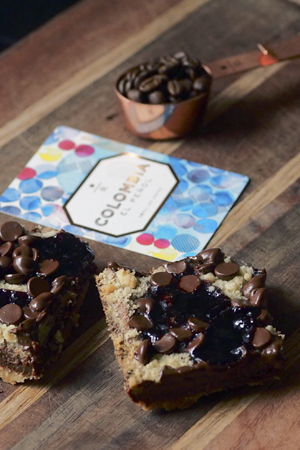 Colombia El Peñol with chocolate currant bars